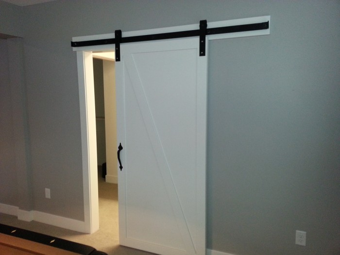 Barn door track and hardware photos goldberg brothers for Single sliding barn door